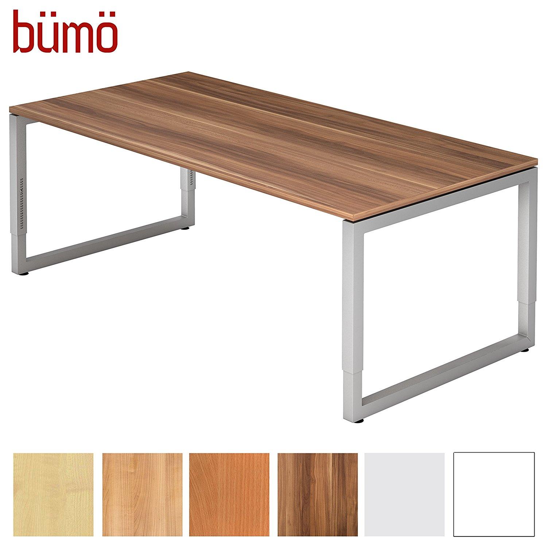 Dieser Tisch eignet sich auch sehr gut als Gaming Schreibtisch da er ausreichend Platz bietet
