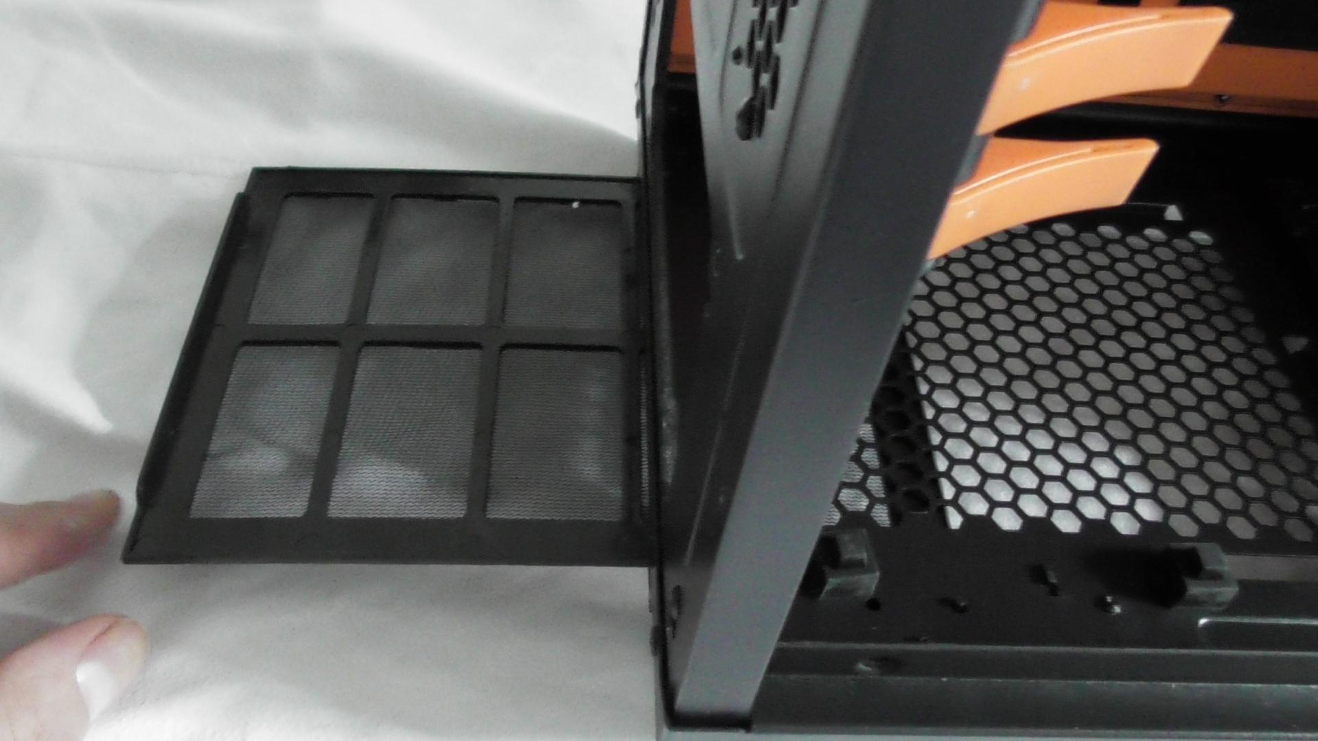 gaming computer zusammenstellen und bauen onlinegamezone. Black Bedroom Furniture Sets. Home Design Ideas