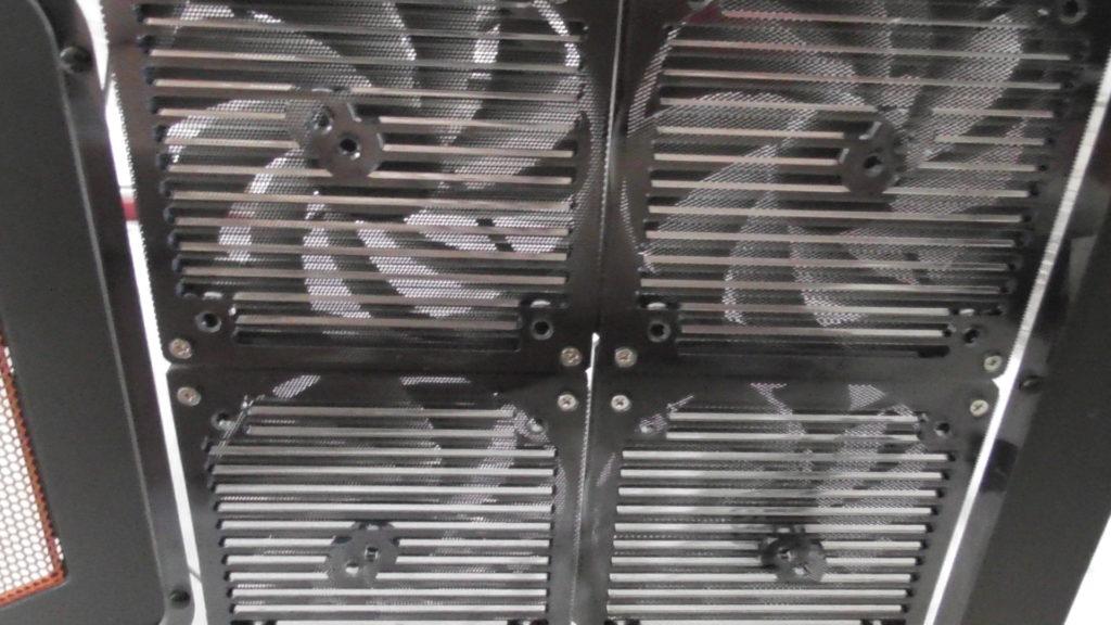 4 Lüfter mit Staubfilter fertig angeschlossen